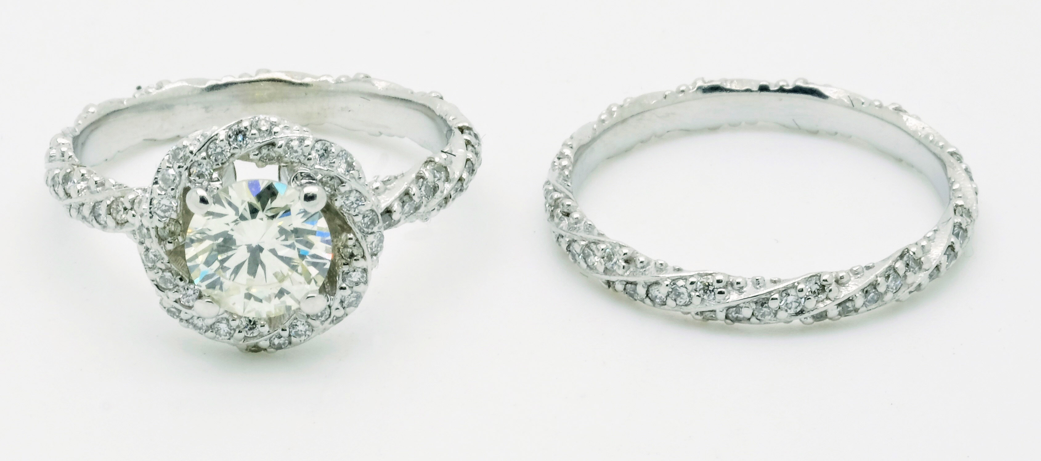 Why Custom Engagement Rings Are Best - Jonathan Stein